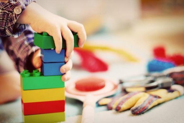 Imagem da notícia: - 20 atividades divertidas para brincar com as crianças em casa